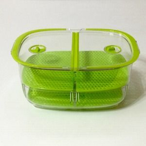 Large Produce Keeper Plastic Vented Dividers Green